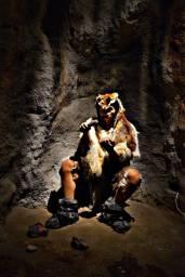 Muzeul Evoluției Omului și Tehnologiei în Paleolitic 19-10-21